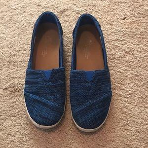 Blue Toms size 7 - EUC
